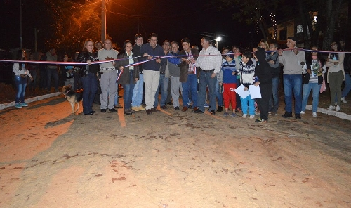 INAUGURACI�N CALLE LOS ANDES BARRIO MBOCAYATY